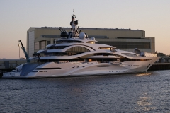luxury-yacht-3430348_1920