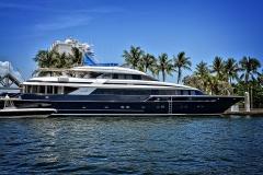 yacht-1604478_1920