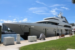 yacht-801123_1920