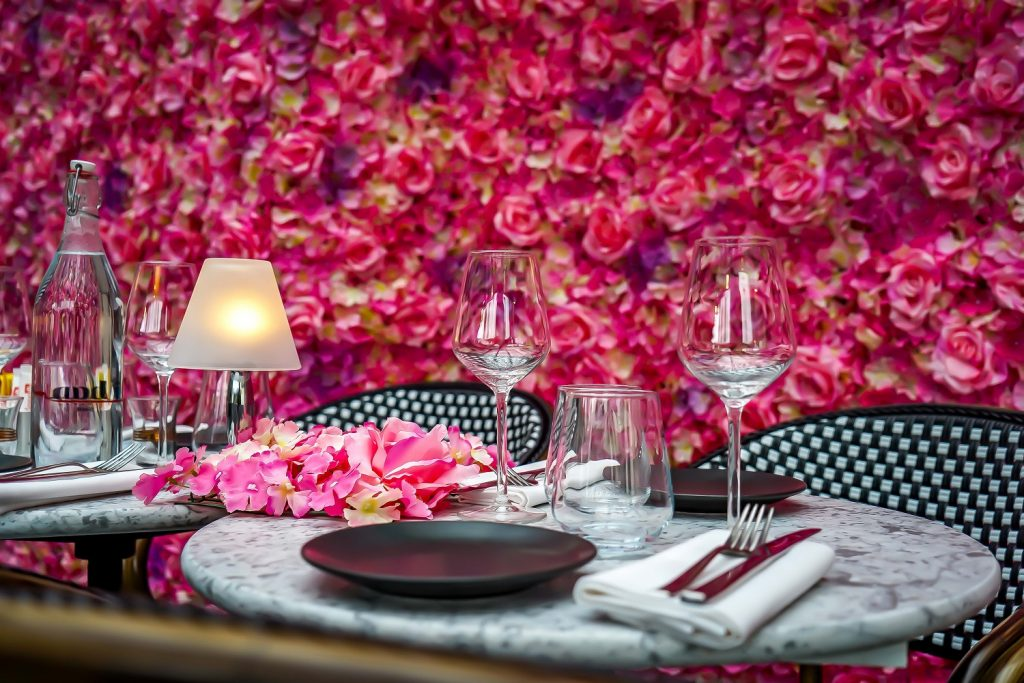 Parisian Terrace Table